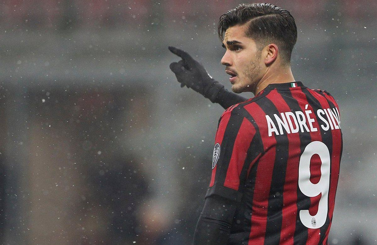 Андре Силва покидает Милан