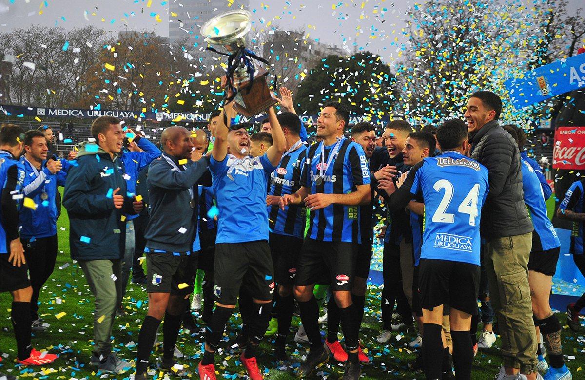 Ливерпуль стал чемпионом Уругвая