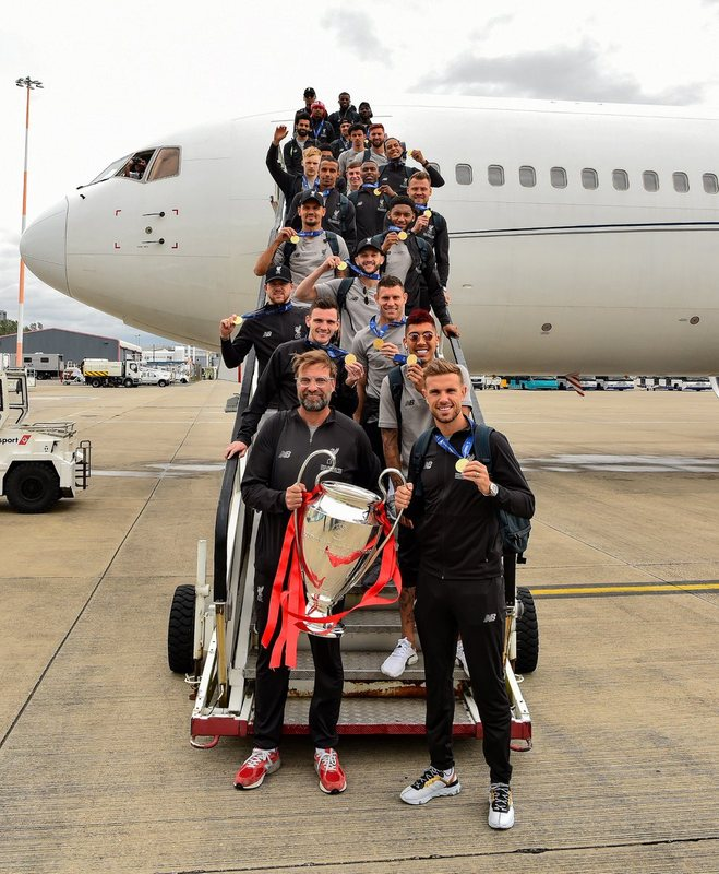 Ливерпуль прилетел домой