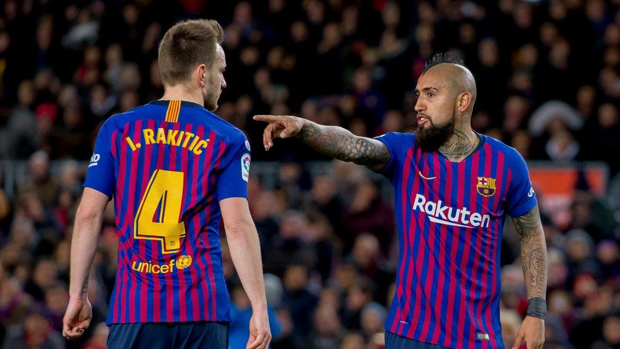 Ракитичу и Видалю возможно придется покинуть Барселону уже в январе