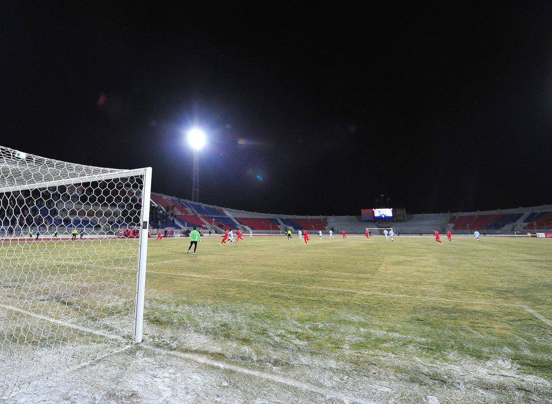 При расширении до 18 клубов матчей в холод будет еще больше