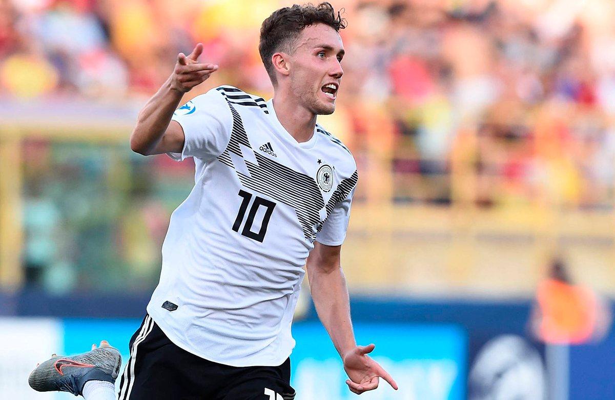 Лука Вальдшмидт заменит Сане в сборной Германии