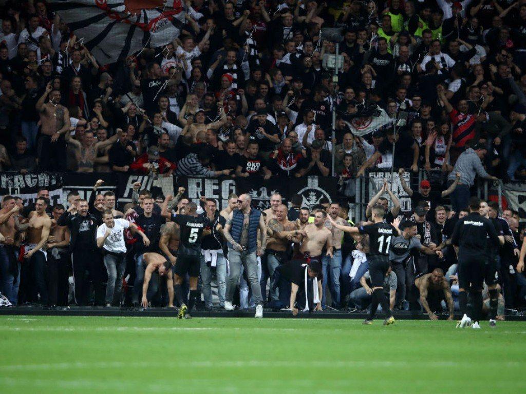 Айнтрахт впервые за 39 лет вышел в полуфинал еврокубка