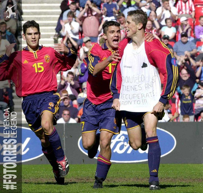Торрес посвятил гол Иньесте.