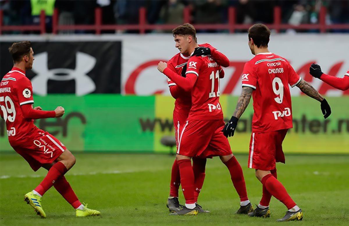 Локомотив побеждает Краснодар
