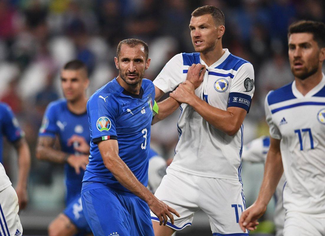 Италия дожала Боснию, 2:1