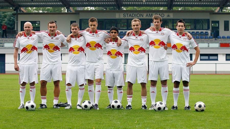 Первый состав РБ Лейпциг, который основали в 2009 году