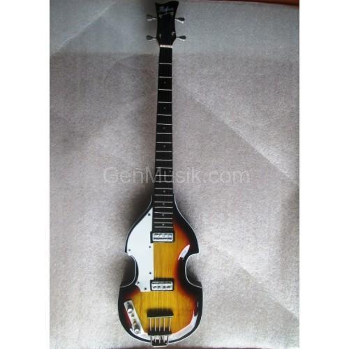 miniatur bass