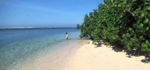 Pantai Tenda Biru