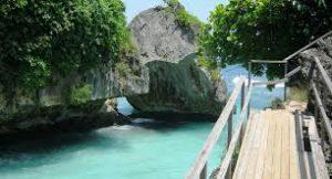 Pantai Suluban-Bali