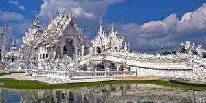 Candi Putih atau Wat Rong Khun-Chiang Rai