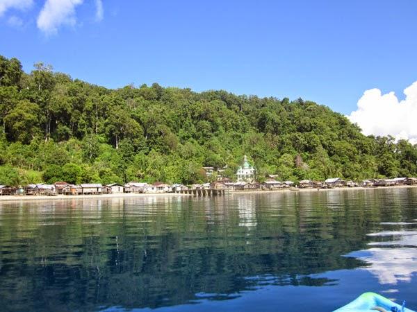 15 Tempat Wisata di Papua yang Terkenal - TempatWisataUnik.com