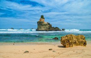 Pantai Buyutan wisata di pancitan