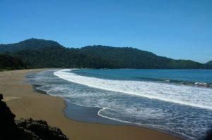 Pantai Teleng Ria wisata di pacitan