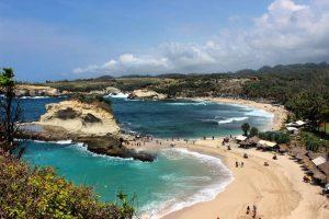 Pantai Klayar wisata di pacitan