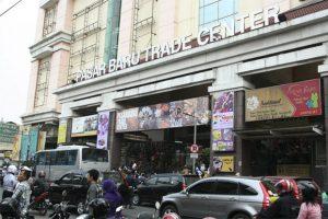 Tempat Oleh-oleh Bandung Paling Murah - pasar baru trade center