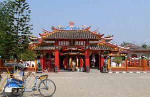 Vihara Sian -Tempat Wisata di Karawang Yang Murah