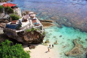 Wisata Blue Point Uluwatu (Pantai Suluban) Bali yang Wajib Dikunjungi