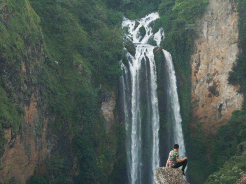 Air Terjun Tama'lulua dan Bukit Bassolo yang Wajib Dikunjungi
