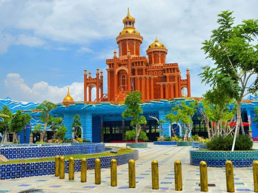 Atlantis Land Kenpark Surabaya yang Wajib Dikunjungi
