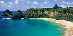 Pantai Baia do Sancho, Brasil