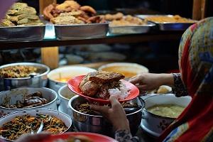 33 Tempat Sahur di Surabaya yang Enak dan Ramai