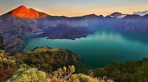 30 Tempat Wisata di Nusa Tenggara Barat yang Wajib Dikunjungi