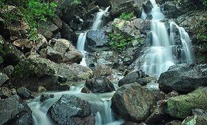 Air terjun Tarlawi