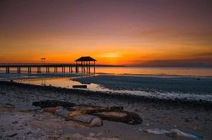 14 Pantai Terindah di Sulawesi Tenggara yang Terindah