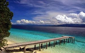 16 Wisata Pantai di Maluku yang Romantis dan Wajib Dikunjungi