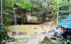 34 Wisata Air Terjun di Kalimantan Tengah yang Wajib Dikunjungi