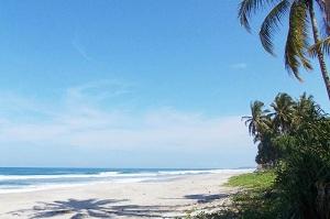37 Wisata Pantai di Lampung yang Indah dan Romantis