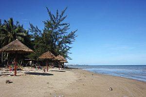 Pantai Kayu Angin