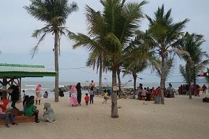 Keindahan Pantai Batu Bedaun yang Wajib Dikunjungi