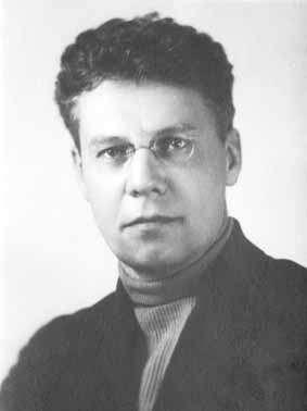 Михаил Зенкевич