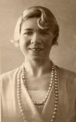 Альфонсина Сторни