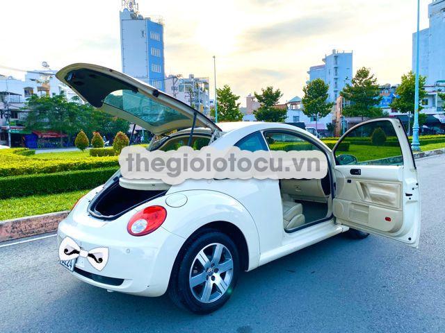 Volkswagen Beetle 2011AT