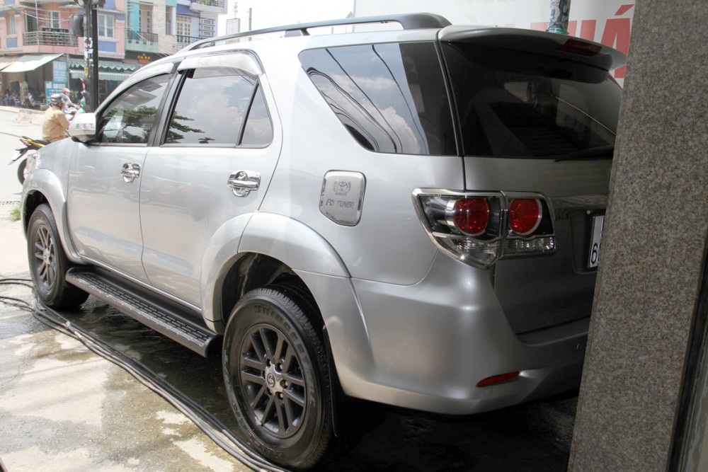 Xe Cũ Toyota Fortuner AT 2015