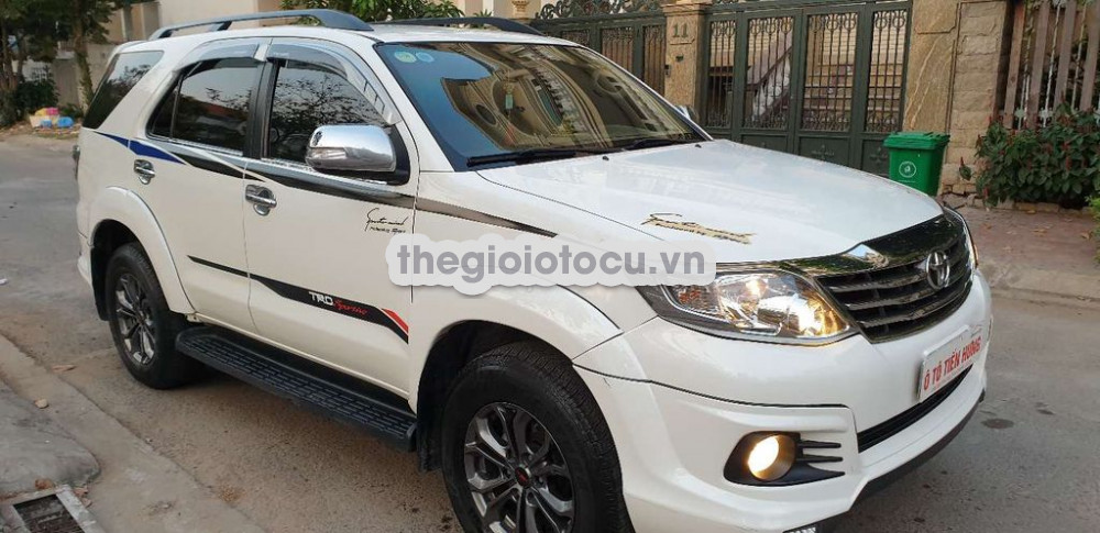 Toyota Fortuner 2016AT