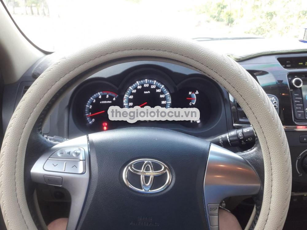 Toyota Fortuner 2014MT