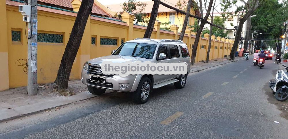 Ford Everest 2011MT