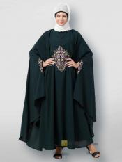 Matt Nida Irani Kaftan Center Embroidered In Green