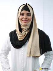 Soft Knitted And Polyester Lycra Double Shade Stole In Black And Beige