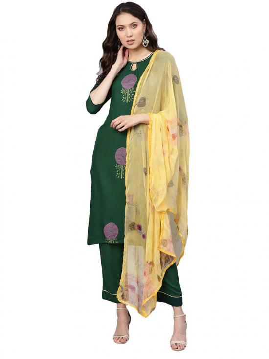 Ahalyaa  Printed Straight Rayon Kurta Set In Green