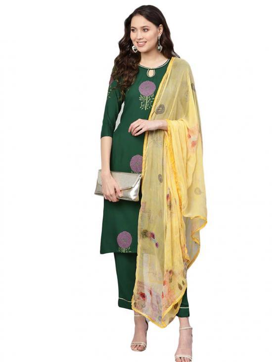 Ahalyaa  Printed Straight Rayon Kurta Set In Green