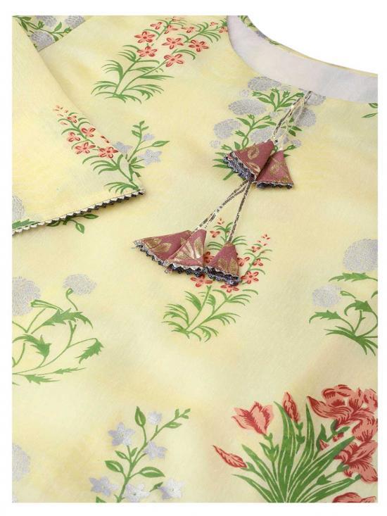 Women Yellow Printed Kurta with Flared Skirt