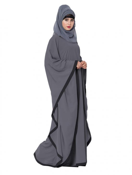 Nida Matte Farasha Kaftan Abaya in Grey and Black