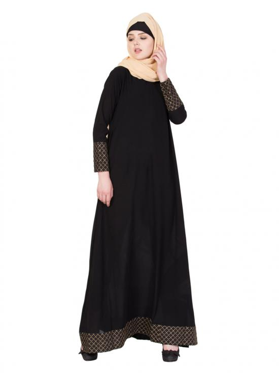 Nida Matte A Line Abaya In Black And Golden