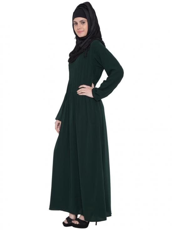 Nida Matte Pintuck Abaya In Dark Green