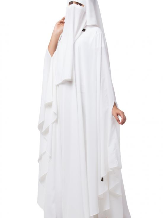 Nida Matte Irani Kaftan And Naqaab Combo In White